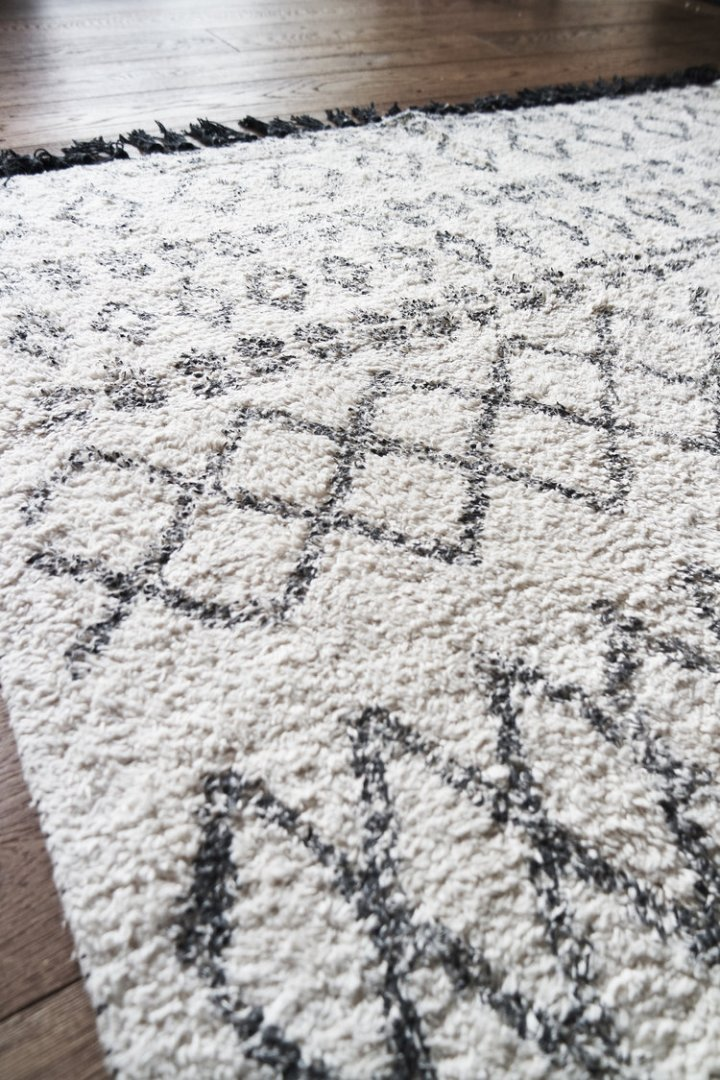 Pea Style Berber rug close up